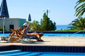 Vitromartis Resort